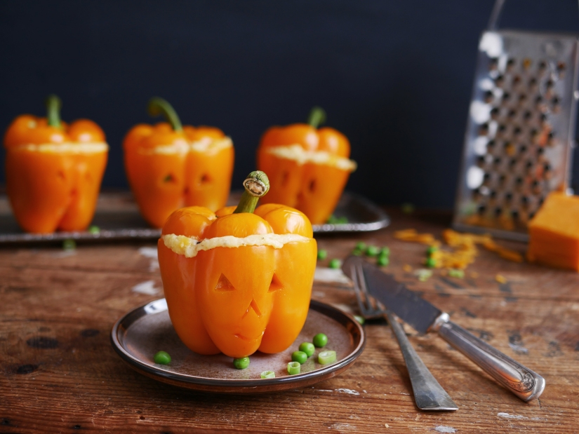 Gevulde halloween paprika's || cookedbyrenske