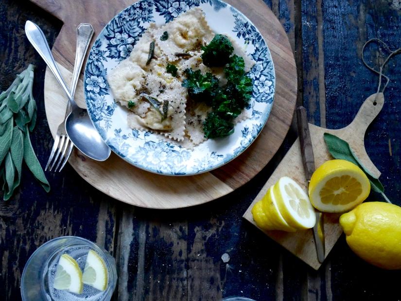 Ravioli met salie, citroen en flowersprouts || cookedbyrenske