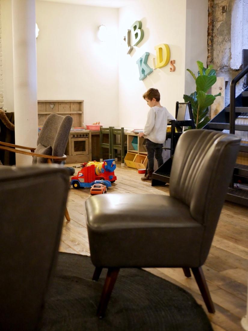 Hotspot #2: Yoghurt Barn Den Haag || YB Kids Speelhoek || cookedbyrenske