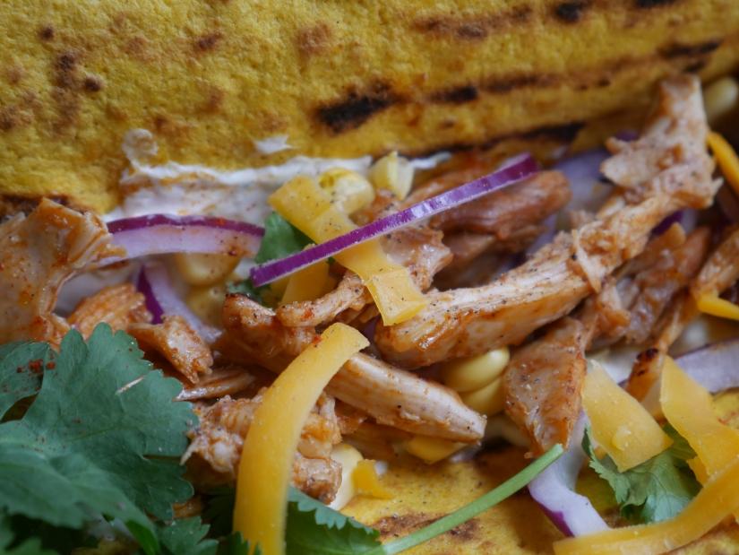 Gestoomde pulled chicken wraps || kookvideo || cooked by Renske
